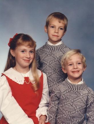 kidsfamilypic1990.jpg